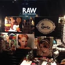 raw raw show