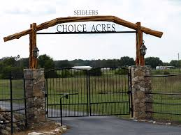 gates entrances