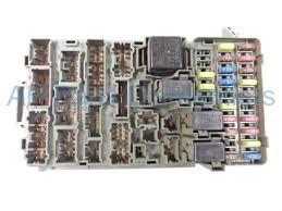 buy 2005 acura rsx dash fuse box broken tab type s 38200 s6m a02 fuse box tap ins for car 2005 acura rsx dash fuse box broken tab type s 38200 s6m a02 38200s6ma02 replacement
