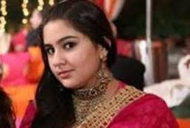 Recently, a leading daily held a news story that Amrita Singh and Saif Ali Khan's daughter, Sara, was going to make her debut with Yash Raj Films. - SaraKhan