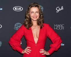 Paulina Porizkova's Secrets to Staying ...