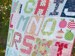 Pretty Little Quilts: Moda Spell it with Fabric & Moda Spell it with Fabric Adamdwight.com