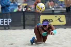 Priscilla Piantadosi-Lima digs on her way to the main draw/Ed Chan,  VBshots.com   Volleyballmag.com