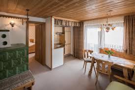 Wohnküche Mit Kachelofen Haus Salome