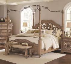 Coaster Furniture Ilana California King Canopy Bed with Mirror Back ...