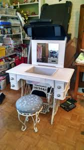 23 Decorating, Like Your Old Sewing Machine Find A Reuse \u2013 Fresh ...