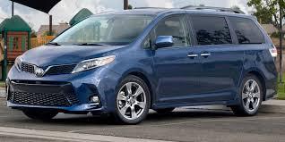 2018 - Toyota - Sienna - Vehicles on Display | Chicago Auto Show