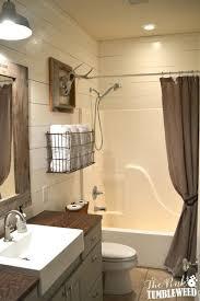 farmhouse bathroom ideas. Rustic Bathroom With Wire Towel Basket Over The Toilet Farmhouse Ideas C