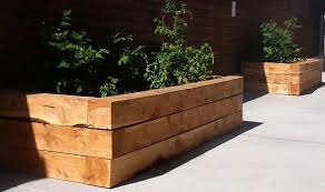 raised vegetable beds on legs best of cedar woodised garden beds planting and growing strawberries garden ideas