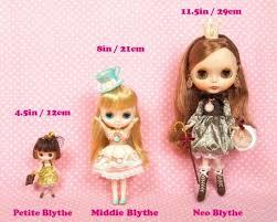 Blythe Doll Size Chart 3 Sizes Of Blythe The Littlest Pet Shop Blythe Dolls Are