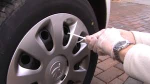 How to secure a wheel trim - YouTube