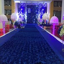 image of dark blue carpet runner
