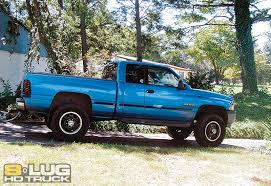 All Chevy 95 chevy 3500 diesel : Diesel Bombers Trucks - 2004 Chevy Silverado - 8-Lug Magazine