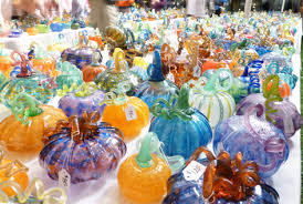 i love pumpkins i love glass art the great glass pumpkin patch is like a free outdoor museum exhibit where the people making the art are the people who
