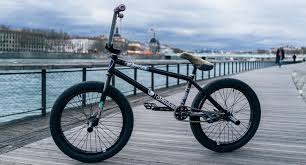 Shadow Conspiracy Joris Coulomb Bike Check