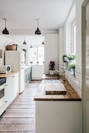 Wickes Neutral Kitchen And Reclaimed Scaffold Board Worktops   A Pared Back,  Minimal And Stylish Two Bed Period Property