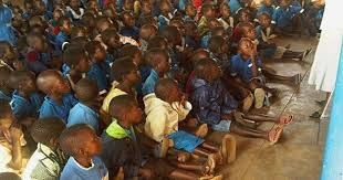 kids in need of desks lovely last day on the floor in malawi msnbc