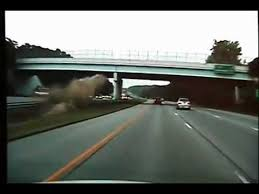 Extra Footage of 675 wreck Car goes airborne 100 mph crash hits ...