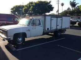 similiar water lift gates keywords sell used 1986 chevy c30 scottsdale 1ton box truck lift gate water