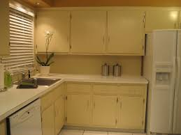 oak color paintCharming Kitchen Color with Oak Cabinets  2PlanaKitchen