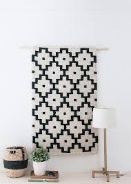 easiest diy woven wall hanging