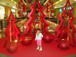 office christmas decorating. Furniture, Stunning Office Christmas Decoration With Large Glitter Red Paper Craft Tree And Balls Decorating A