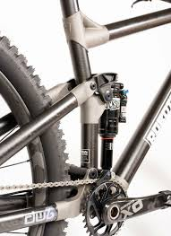 robot bikes frame incorporates 3d printed anium lugs and unidirectional fibre carbon s