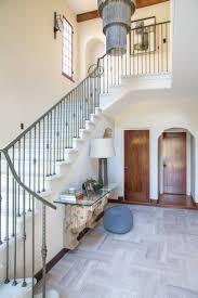 Dmar.interiors.portfolio.interiors.foyer.staircase.architectural.detail.