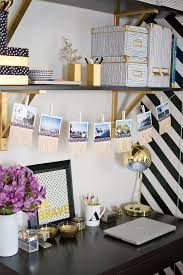 DIY Home Office Decor Ideas - DIY Fringe Photo Garland - Do It Yourself  Desks,