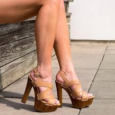 jessica simpson damelo platform sandal buff