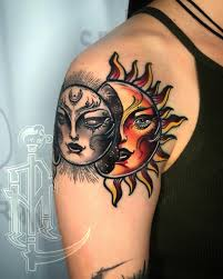 """Anthony Lara Q.• on Instagram: """"Neotraditional Sun/moon 🔥🖤 For info and  bookings you can email me to anthonylarabrixey@gmail.… 