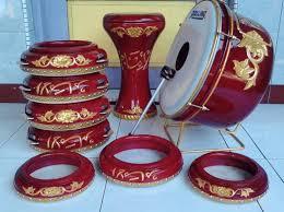 Alat musik ini sering dijumpai pada pentas atau permainan musik modern. 6 Alat Musik Pukul Bernada Dan Tidak Bernada Lengkap Lezgetreal