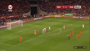 GIF: Arjen Robben scores free kick golazo in Holland 8-1 victory over  Hungary