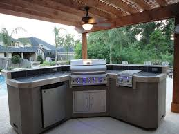 Simple Outdoor Kitchen Exteriors Simple Outdoor Kitchen Decor With L Shape Structure