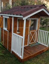 pallet playhouse 21