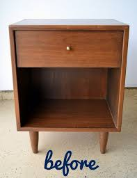 Image Drawer Nightstand This Wooden Night Stand Before Its Redone Looks Vintage And Dated Diy Playbook Twotone Nightstand Makeover Diy Playbook