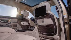 Inside is where the real revolution takes place, as everything has been redesigned. First Look 2021 Mercedes Maybach S580 Debuts With Garish Posh Style
