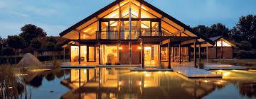 modern Houses by DAVINCI HAUS GmbH & Co.