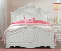 Standard Furniture Jessica Full Size Panel Bed