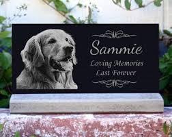 DOG MEMORIAL GARDEN STATUE STONE Outdoor Plaque Grave Marker Pet Dog Burial Backyard