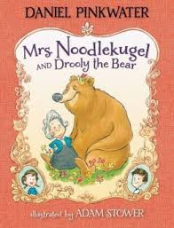 way back in 2012 i reviewed the first in a new series of books that i was very excited about mrs noodlekugel written by daniel pinkwater and ilrated