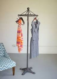 Antique Style Coat Rack Antique Style Iron Spinning Clothes Rack Industrial Garment Stand 30
