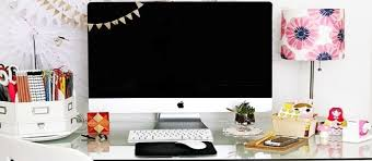 how to decorate your office. Contemporary Decorate Cute And Creative Ways To Decorate Your Desk At Work  Women Daily Magazine And How To Office R