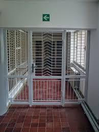 Gitter Vor Fenster Wunderbar Und Modern Gitter Kovovýroba