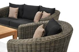 Rattan Living Room Furniture Tropical Design With Beauty Rattan Sofa Set And Glass Coffee Table