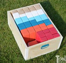 make your own yard game crate for giant block tower builder that doubles as a