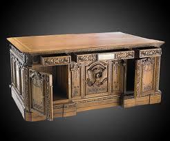 oval office resolute desk. American President\u0027s Resolute Desk Replica Oval Office 7