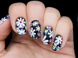 Electric Daisy Floral Print Nail Art | Chalkboard Nails | Nail Art ...
