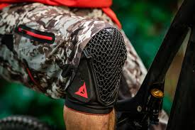 Dainese Trail Skins Knee Guard Size Chart Review Dainese Trail Skins 2 Knee Pads Bike Magazine