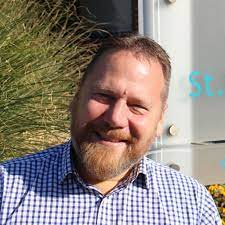 Dave Hays   Human Resources Director   St Barnabas House